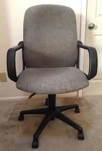 Grey/Black Cloth Rolling Office Chair  Raleigh, 27604