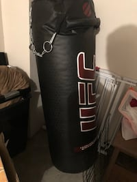 Black and red UFC heavy bag Fort Bliss, 79918