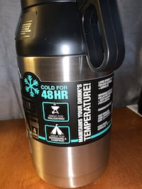 TAL Trek Growler 64oz cold drinks thermos w/4 stainless steel cups new
