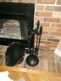 Fireplace clean sweeper. Stoney Creek, L8G