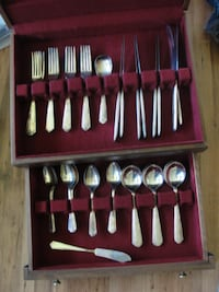 Vintage Flatware Set    Havelock, ON K0L 1Z0, Canada