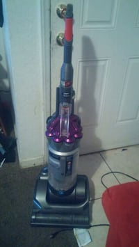 Dyson Absolute DC17 animal upright vacuum cleaner Fresno, 93703