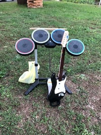 Wii Rock Band w/ games Thurmont, 21788