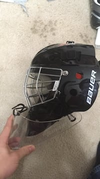 black and white Bauer helmet Oakton, 22124