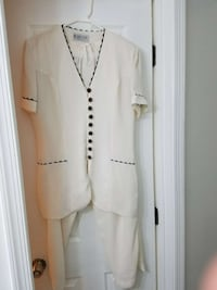 Women's pants suit. Size M. Springfield, 22153