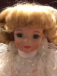 Vintage musical beautiful doll Silver Spring, 20904