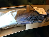 Authentic yeezy boost 750 size 7  New York, 10012