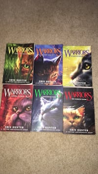 Full Warriors book collection, great condition only the first two were read  Maple Ridge, V2W 2G2