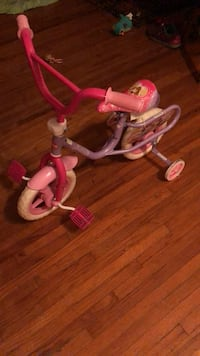 toddler's pink and white trike Miami Shores, 33168