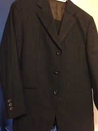 Boy's suit . Sz 10 Burlington, L7T 2S5