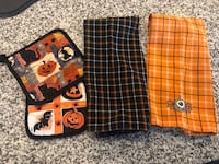 Halloween hand towels and pot holders  Aldie, 20105