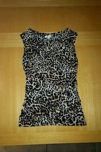 New without tag Animal print top size medium