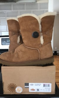 Ugg boots Milford, 06460
