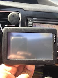 Black garmin nuvi gps navigator! Never used!