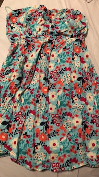 Bluenotes floral sleeveless top size small