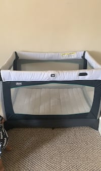 Baby crib & play chicco Paterson, 07503