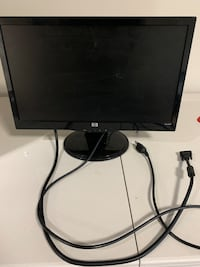 Computer Monitor. Perfectly working. Moving out of state Oak Park, 60301