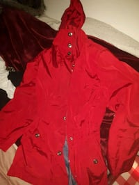 red button-up jacket Victoria, V9C