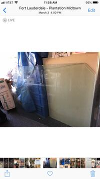 Glass table top perfect. No scratches. Beveled thick. Perfect for dining room table Plantation, 33324