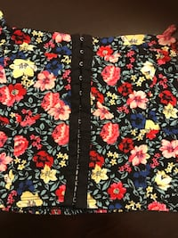 Forever 21 black floral knit crop top (BRAND NEW) Milwaukee, 53215