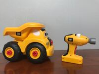 CAT dump truck with removable wheels Toronto, M3C 2J4