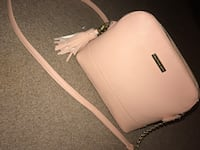 Peach leather sling bag Idaho Falls, 83402