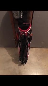 Black and red golf bag Winchester, 22601