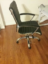 stainless steel framed black leather padded rolling chair Annandale, 22003