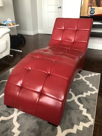 Red Chaise Lounge Mississauga, L4W 3T4