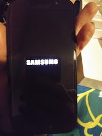 black Samsung Galaxy Note 3