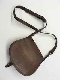 Brown leather purse Bryans Road, 20616