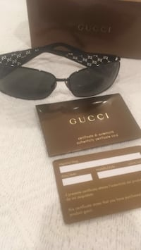 Authentic Gucci Glasses with Authenticity Card Washington, 20019