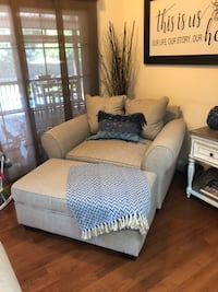 Like new Living Room set. Less than a year old. Farmhouse style. Chesapeake, 23322
