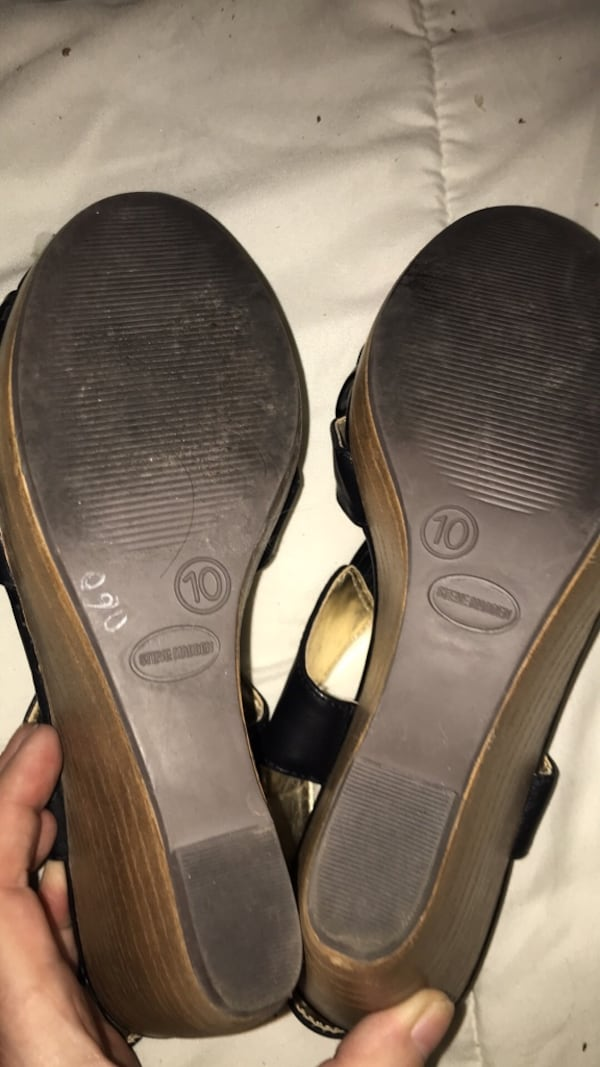 Steve Madden shoes open toe ankle strap heels c12d9990-2a8a-48aa-bf26-af8f653c92e3