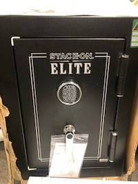 Stack on junior executive safe BRAND  NEW , 11378