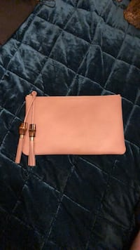 Gucci clutch with bamboo detail  Brentwood, 37027