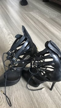 Pair of black leather open-toe heeled sandals size 8 Steve Madden  Burnaby, V5H 1W1