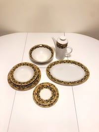 Dinner Set for 12 (51 pieces) Vaisselle Fine China