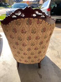 Antique ornate wood upholstery chair Cambridge, N1S 0A3