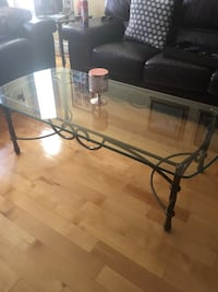 rectangular glass top table with black metal base Montréal, H8N 2Y2