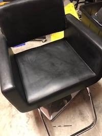 Salon barber makeup chair  Surrey, V3T 4K4