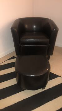 black leather padded rolling armchair Miami Beach, 33139