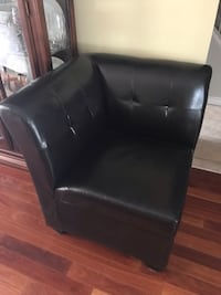 "Corner chair dark brown 28""Wx28""Dx33""h with storage Stoney Creek, L8G 3W5"