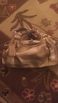 Coach leather hobo bag new Front Royal, 22630