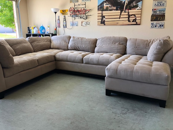 Cindy Crawford Sectional Sofa Couch