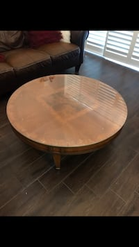 round brown wooden coffee table Rockledge, 32955