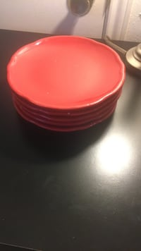 red ceramic dinnerware set San Marcos, 78666