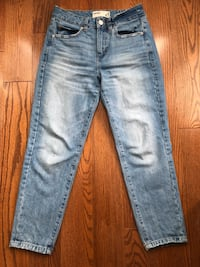 Mom Jeans Size 3  Markham, L3S 4N3