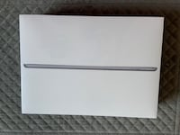 Brand new sealed iPad 6th Generation Wi-Fi + Cellular 32GB  Space Gray Toronto, M5P 3J9