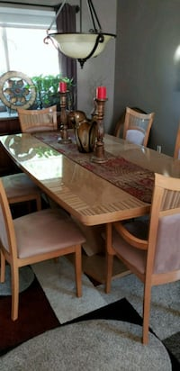 rectangular brown wooden table with six chairs dining set Lake Grove, 11755